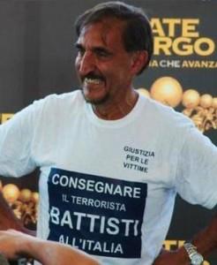 LA RUSSA: Non smetterò di manifestare l'indignazione per la scelta delle autorità brasiliane di lasciare libero Battisti. E' un principio di giustizia, oltre che di verità!